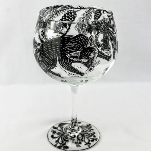 G & T glass stemware wild woodland scene with sly fox