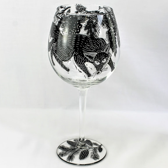 wine glass english fox hunting in a woodland scene