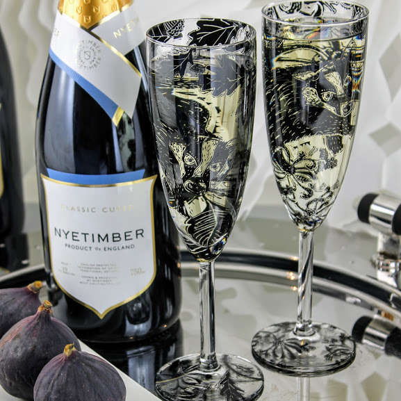 champagne flute glasses british wild animals Badgers with Nyetimber sparkling wine