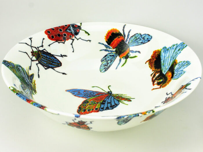 serving bowls big insect design from Rob Turner the art of tableware